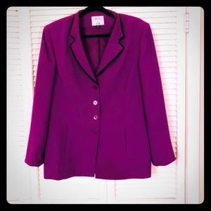 👗NEW👗EUC VTG Plus purple Le Suit blazer